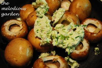 mushrooms with butter